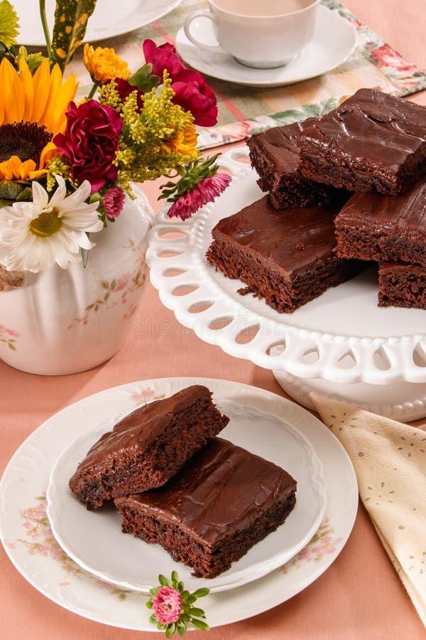 Download Schokoladen-Schokoladenkuchen Stockbild - Bild von yummy, gebacken: 96935615