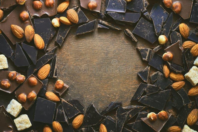 Schokoladenhintergrund mit einem Raum für einen Text lizenzfreie stockfotografie