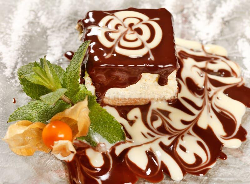 Schokoladenkäsekuchen lizenzfreie stockfotografie