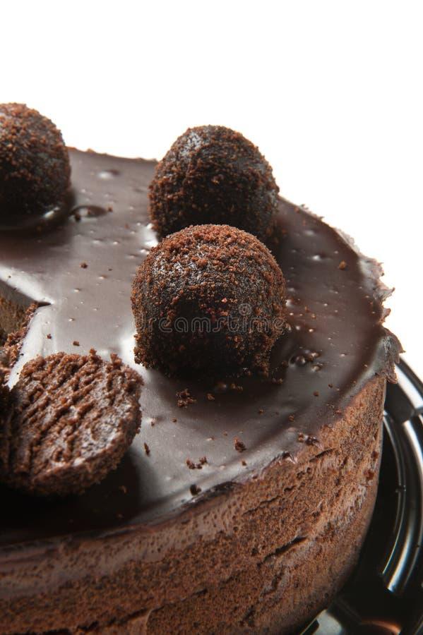 Schokoladenkuchen auf Wei? lizenzfreie stockbilder
