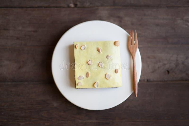 Schokoladenkuchenkäsekuchen an der Cafébäckerei stockfoto