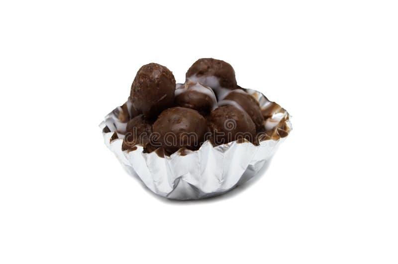 Schokoladenminiballinnere der Schale lizenzfreie stockfotografie