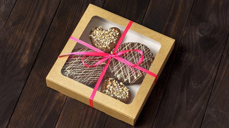 Schokoladennachtisch, Kuchen in einem Kasten stockbilder