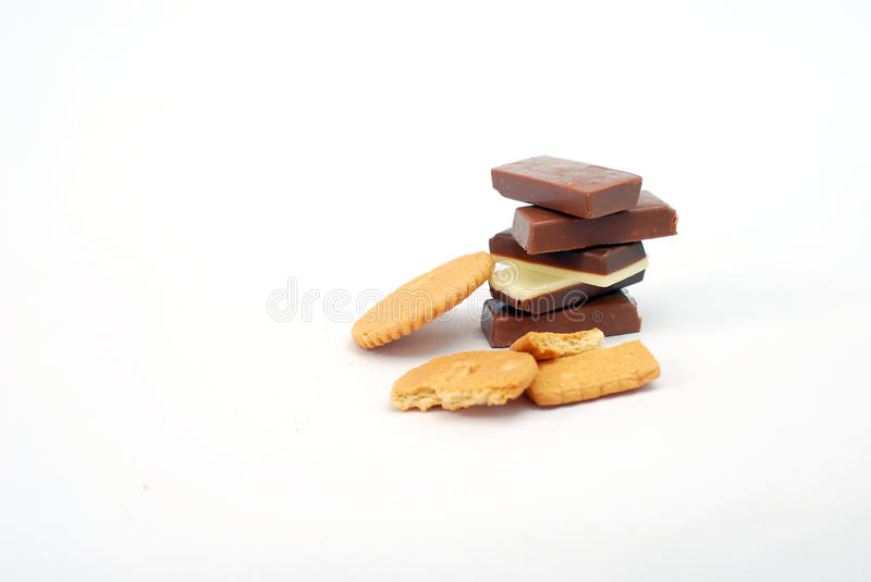 Schokoriegel und bisquits stockfotos
