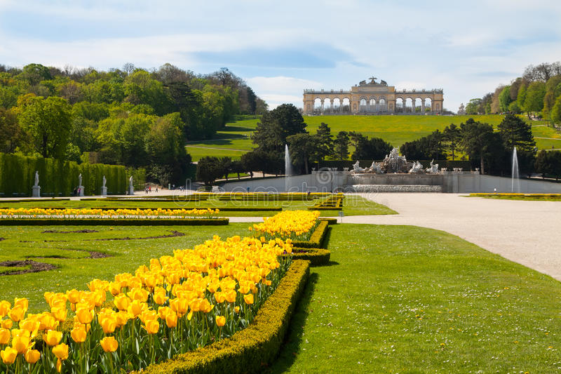 Schonbrunn Pałac Ogródy i Glorieta, Austria obrazy stock