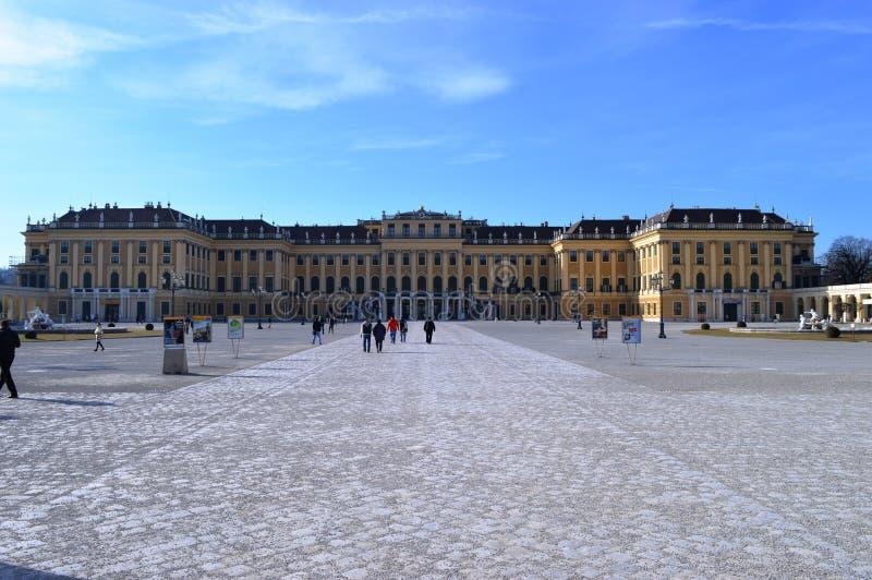Schonbrunn Palast lizenzfreie stockbilder