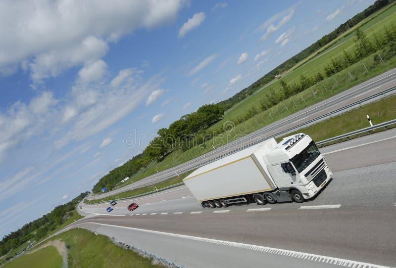 Schone witte vrachtwagen royalty-vrije stock afbeeldingen