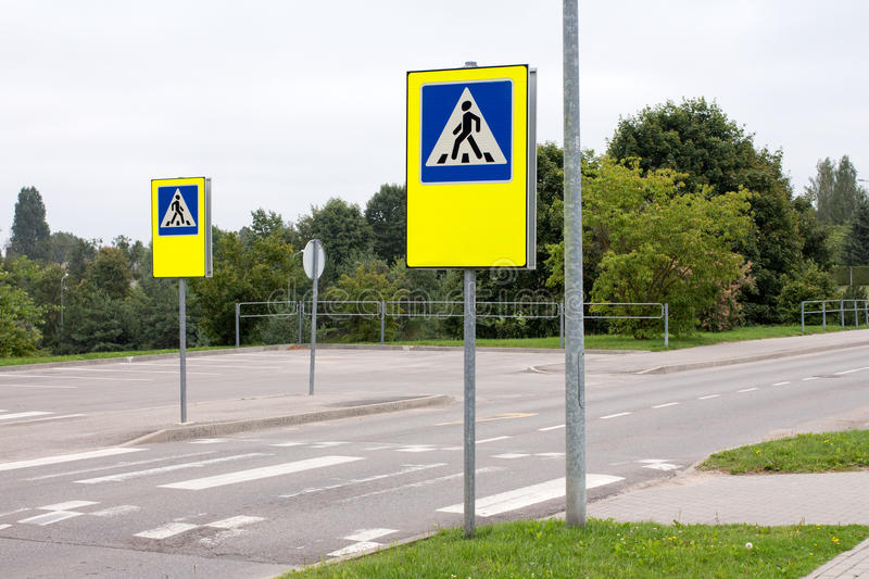 School crossing signs. In a residential community stock images