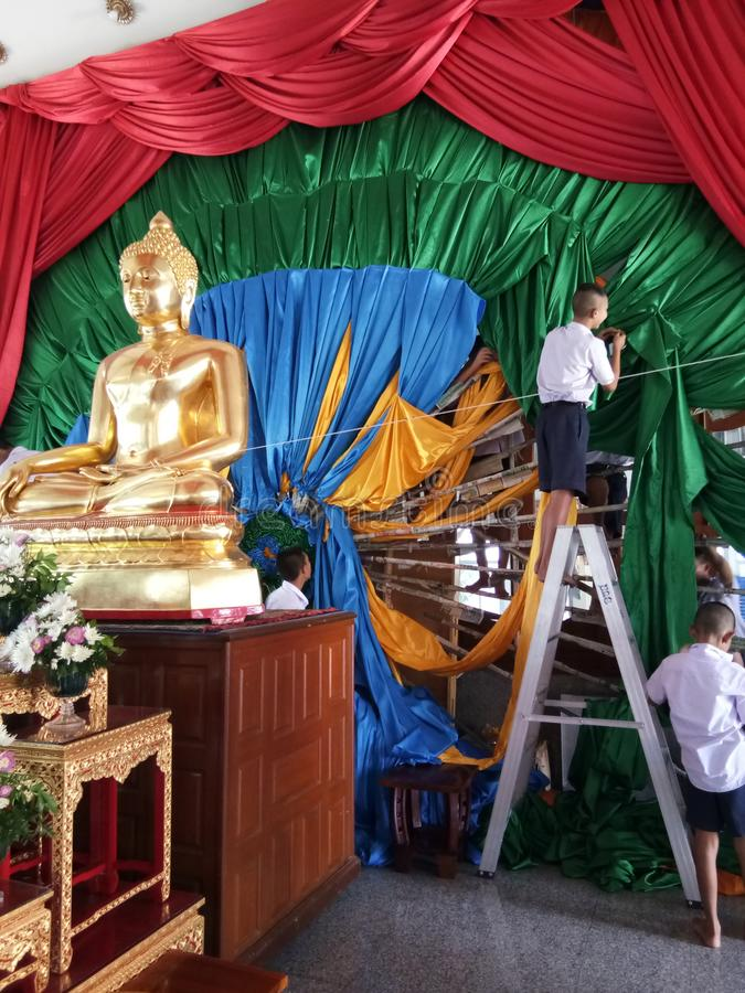 Thai secondary students at Thai temple royalty free stock photography