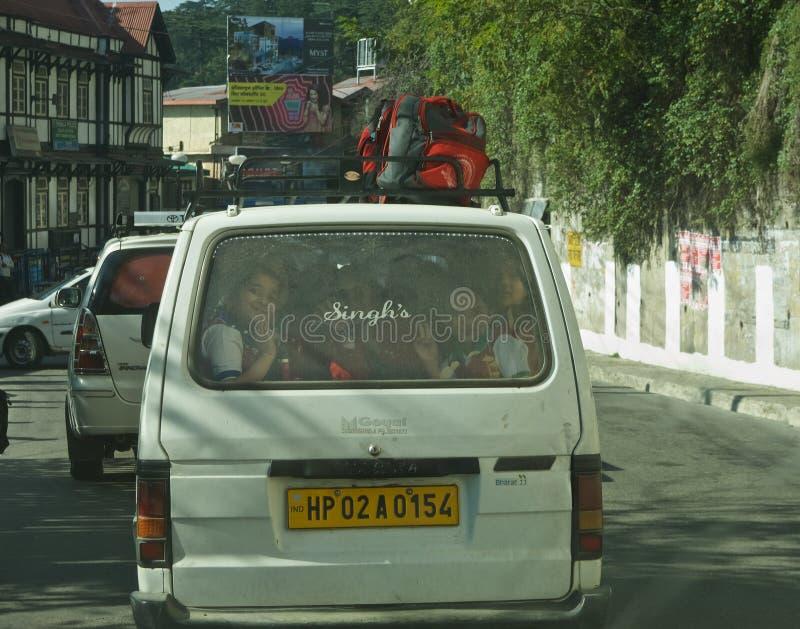 Schoolbus Shimla stock foto