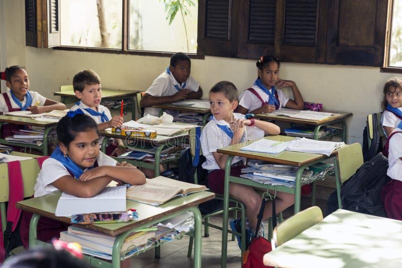 schoolchildren стоковое изображение rf