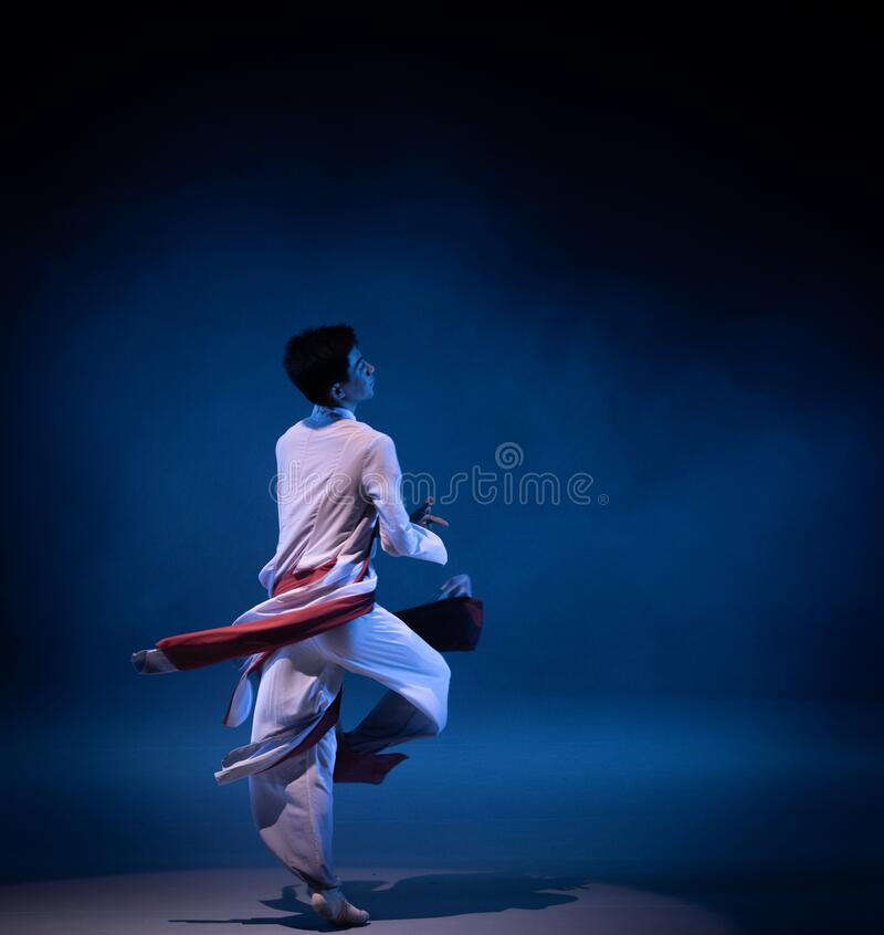 Schoolmate youth-old-style private school-Chinese folk dance royalty free stock photography