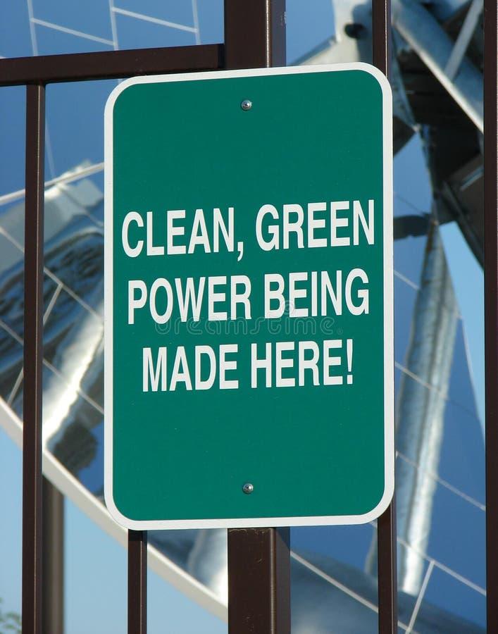 Schoon groen machtsteken stock foto