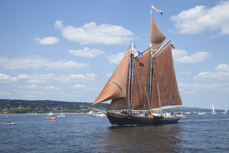 The schooner Roseway enters Duluth harbor during the 2010 Tall S royalty free stock photography