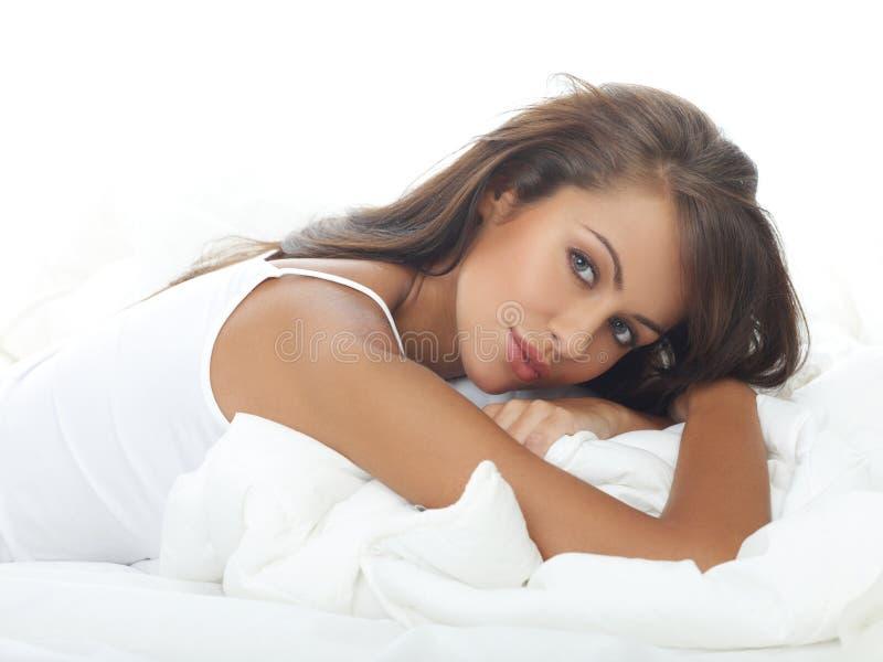 Schoonheid in Bed royalty-vrije stock foto's
