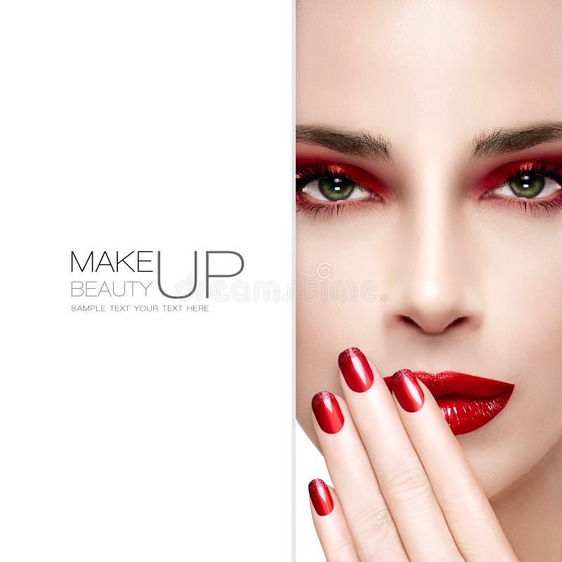 Schoonheid en make-upconcept Maniersamenstelling en Spijkers stock foto