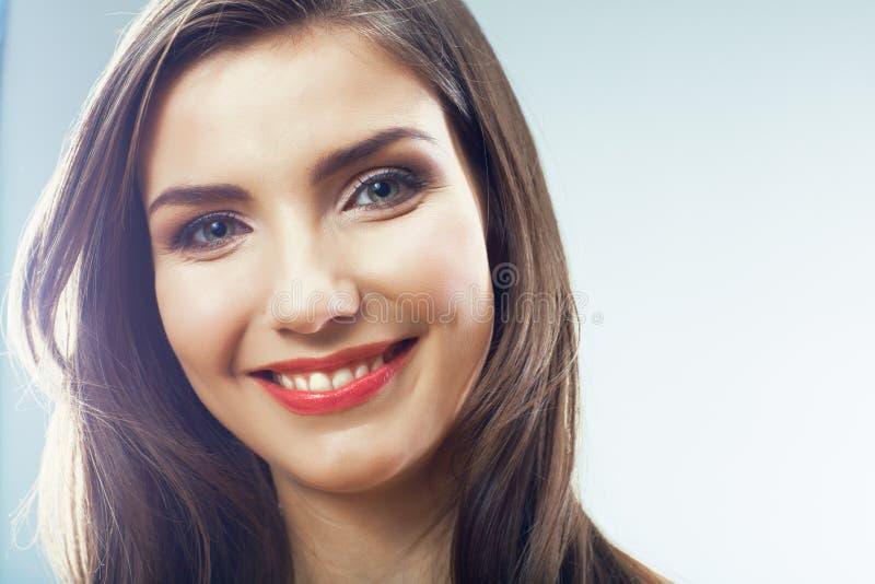 Schoonheid het glimlachen het portret van het vrouwengezicht dicht omhoog stock foto