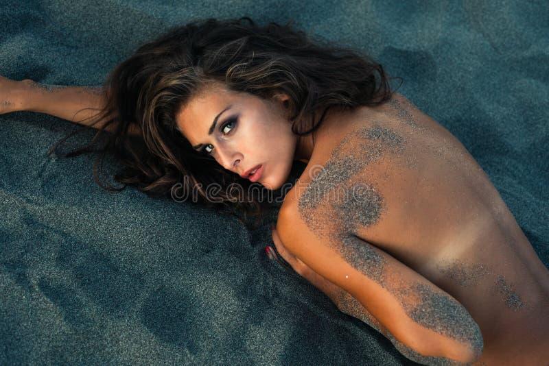 Schoonheid in zand royalty-vrije stock afbeelding