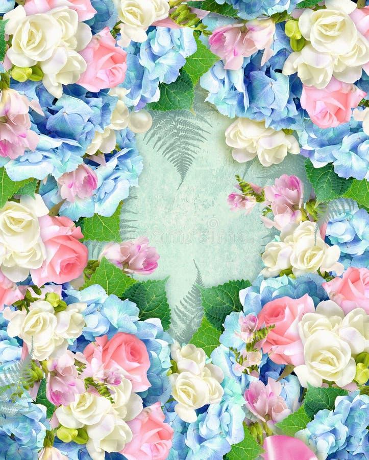 Schoonheids bloemenetiket De elegante dekking over grungeachtergrond met hydrangea hortensia en nam bloemen toe De kaart van de g royalty-vrije stock afbeeldingen
