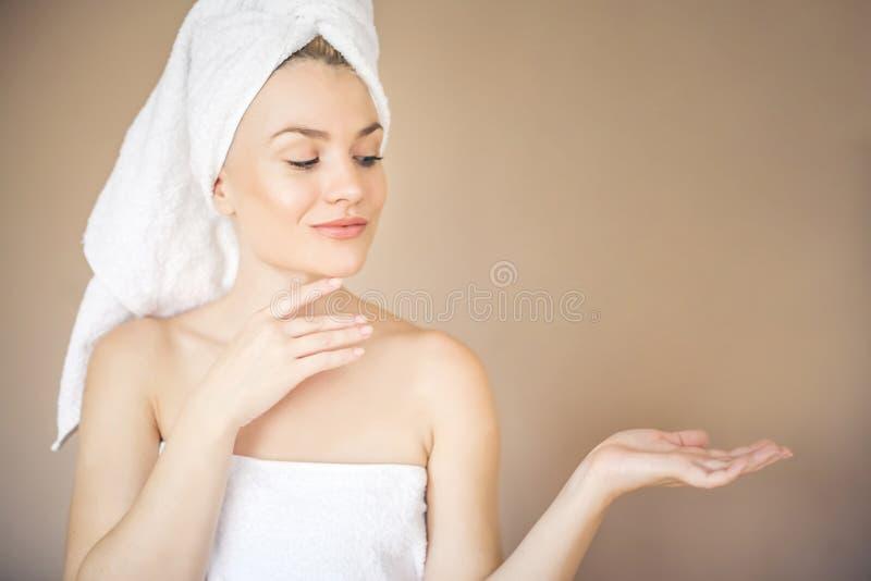 Schoonheids schone huid stock foto's