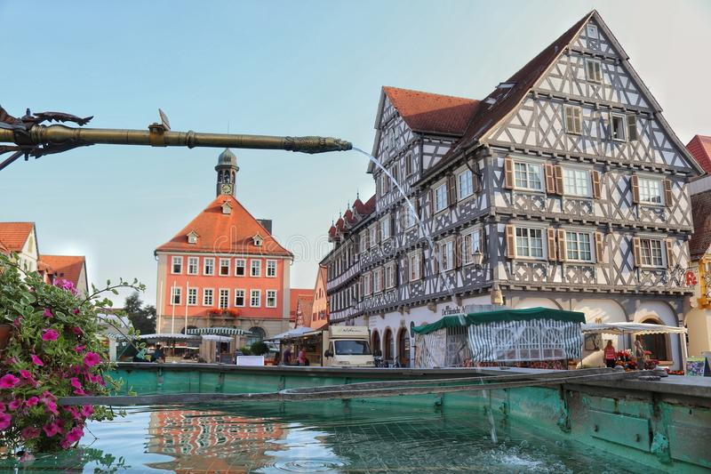 Schorndorf, GermanyMarketplace dans la ville historique Schorndorf, Allemagne photos stock