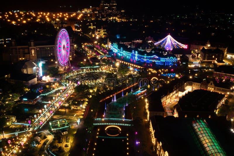 Schot van de verlichtings nightview het hoge hoek royalty-vrije stock foto