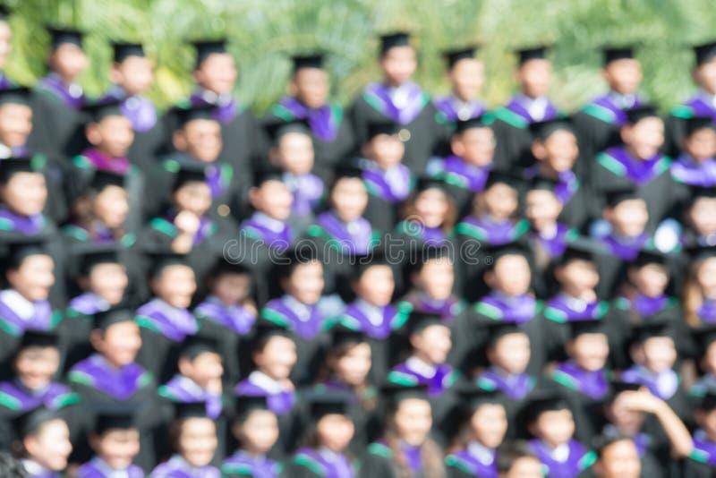 Schot van graduatiekappen tijdens begin Het beeld was blurr royalty-vrije stock fotografie