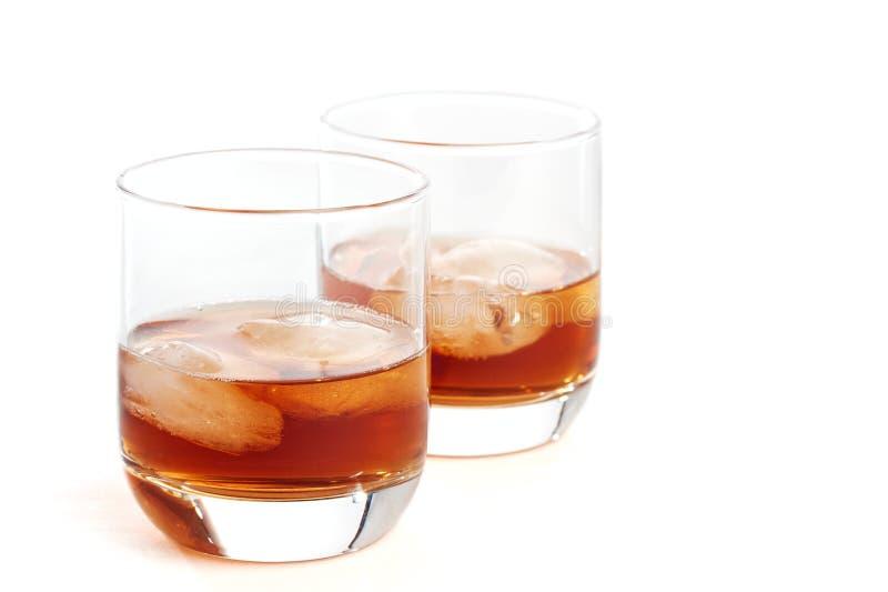 Schotse whisky en ijs stock afbeeldingen