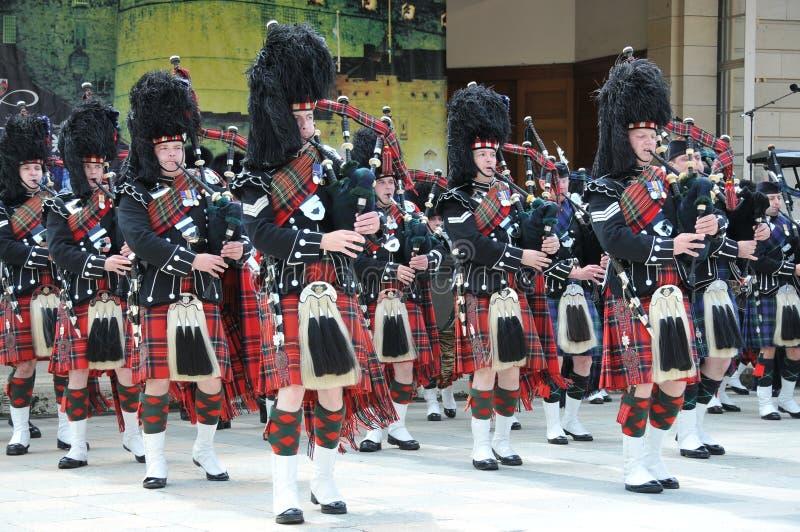 Schottische Rohre an der Edinburgh-Militär-Tätowierung stockfotos