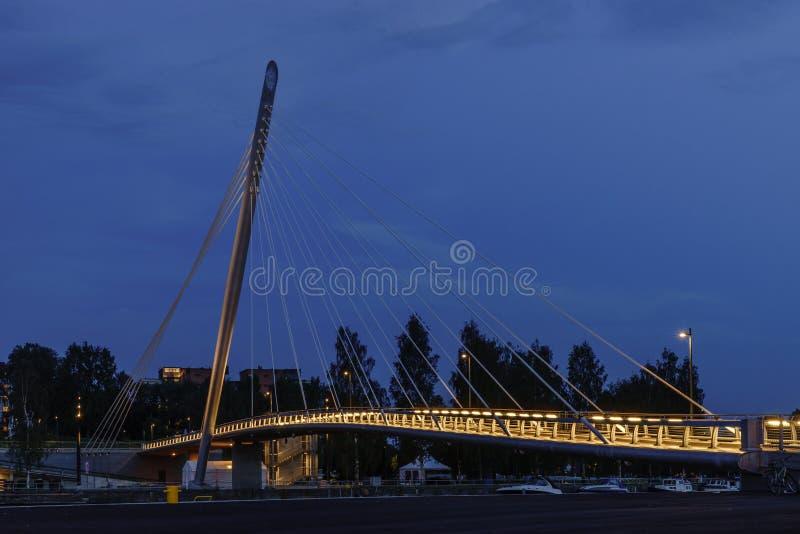Schrägseilbrücke, Tampere stockbild