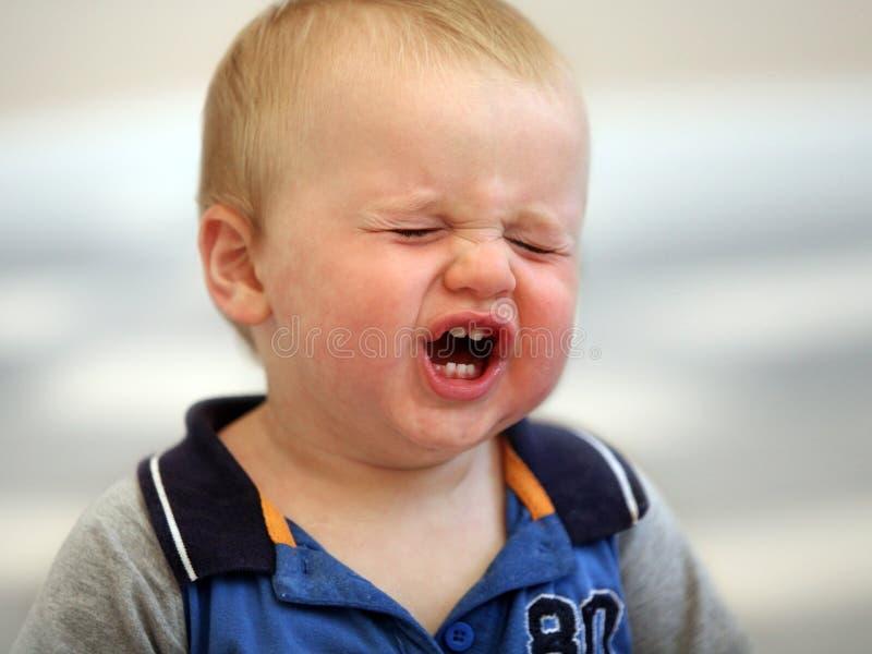 Schreeuwende baby stock foto
