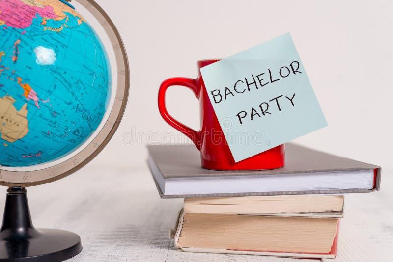 Schreibensanmerkung, die Jungesellen-Party zeigt Geschäftsfoto Präsentationspartei gegeben für eine Analyse, die ist zu heiraten stockbilder