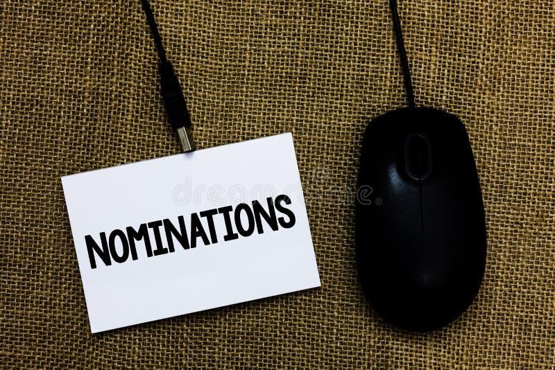 Schreibensanmerkung, die Nominierungen zeigt Geschäftsfoto Präsentationsvorschläge von jemand oder von etwas für eine Jobposition lizenzfreie stockfotos