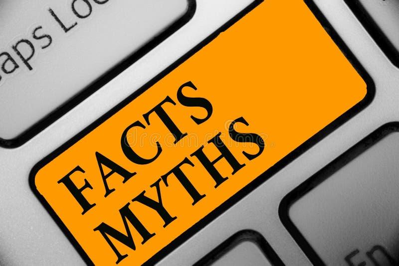 Schreibensanmerkung, die Tatsachen-Mythen zeigt Präsentationsarbeit des Geschäftsfotos basiert auf Fantasie eher als auf aus dem  stockbild