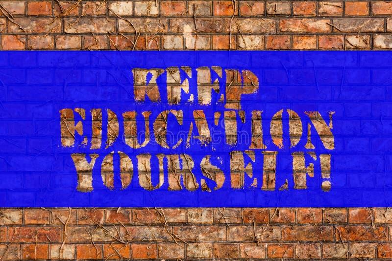 Schreibensanmerkungsvertretung halten Bildung sich Das Geschäftsfoto, das hören zur Schau stellt nie auf, zu lernen, besseres Imp stockfotografie