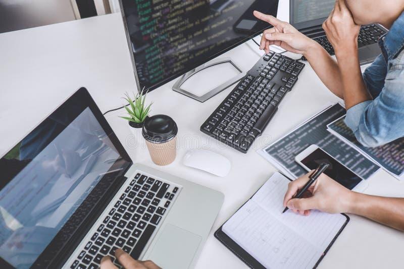 Schreibenscodes und Schreibendatencodetechnologie, Programmiererfassbinder stockbilder