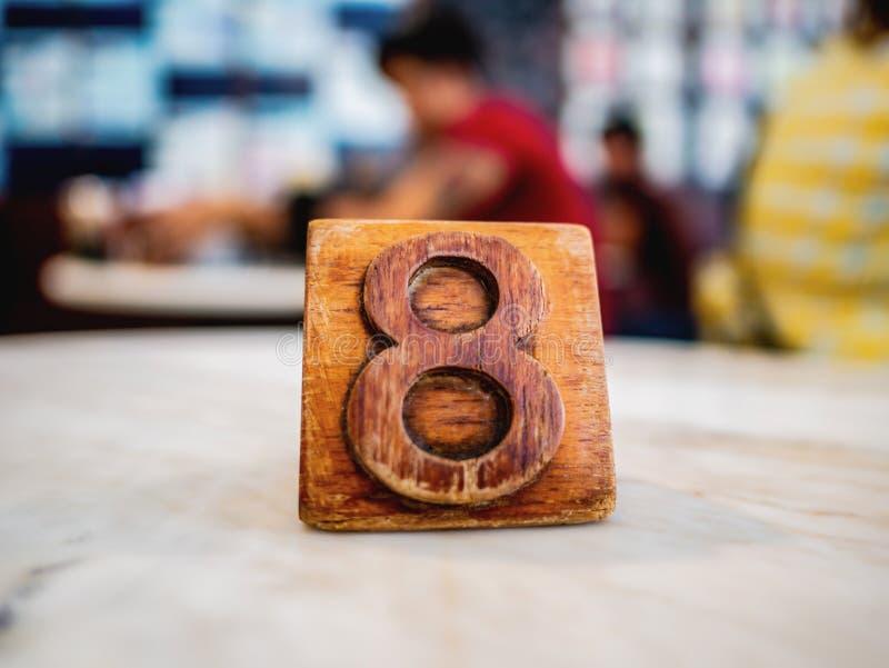 Schreibtisch Nr. acht in der Kaffeestube lizenzfreies stockbild