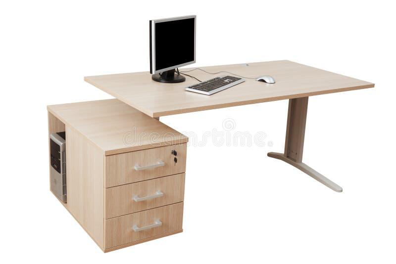 Schreibtisch und ein moderner Computer lizenzfreie stockfotos