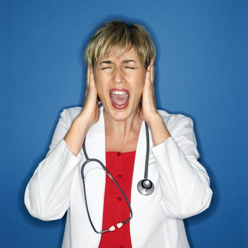 Schreiender Doktor.