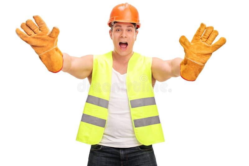 Schreiender und gestikulierender Bauarbeiter lizenzfreie stockbilder