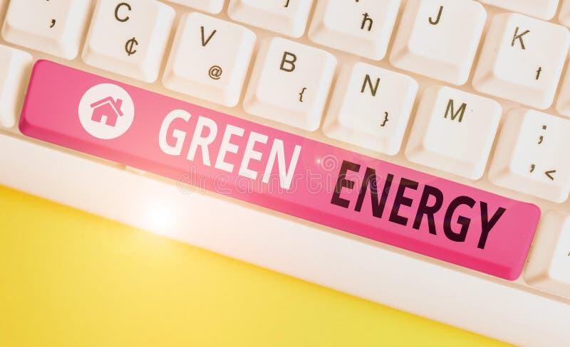 Schriftelijke notitie met groene energie Het tonen van bedrijffoto's komt uit natuurlijke bronnen en schaadt het ecosysteem niet stock afbeeldingen