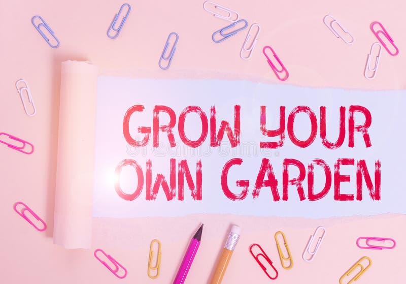 Schriftzug mit dem Titel 'Grow Your Own Garden' Business-Foto-Präsentation Organic Garening Sammlung Demonstration lizenzfreie stockbilder