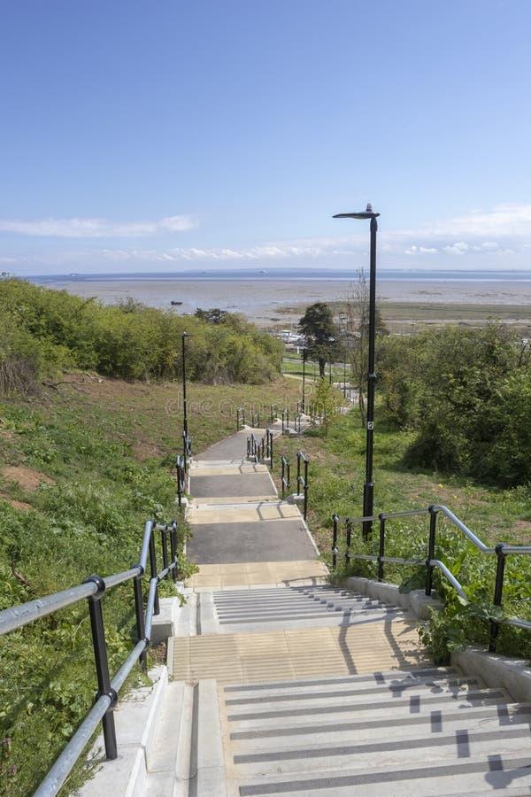 Schritte in Leigh-auf-Meer, Essex, England stockbilder