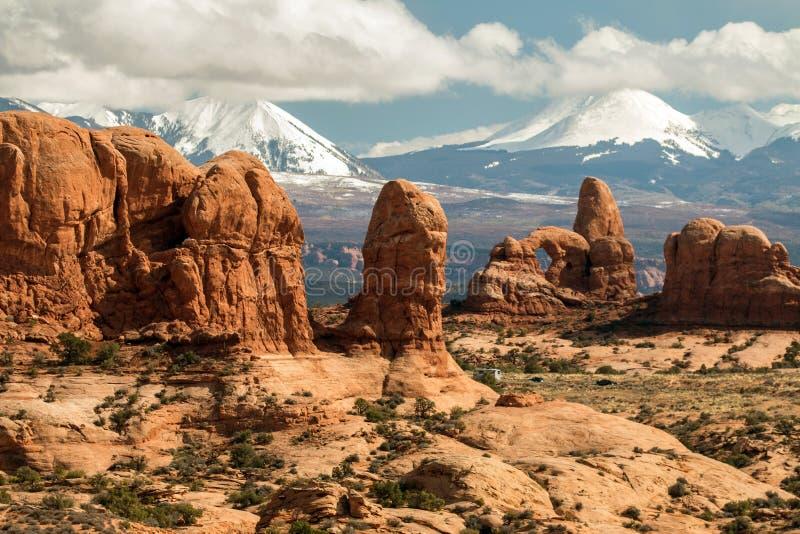 Schroffe Felsformationen in den Bögen Nationalpark, Utah stockfoto