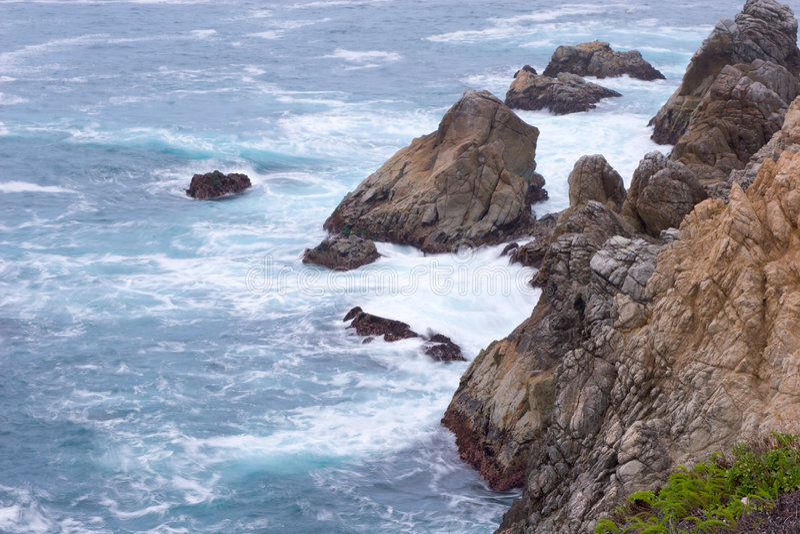 Schroffe Küstenlinie stockfoto