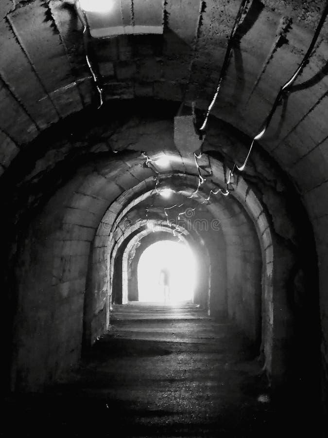 Schronienia i przejścia tunel fotografia royalty free