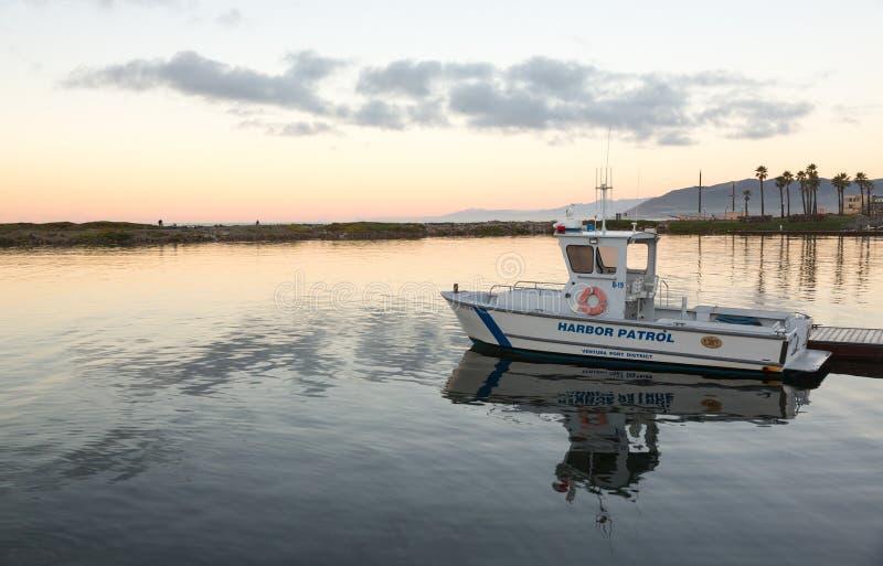 Schronienia Ventura schronienia łódź patrolowa dokujący świt fotografia royalty free