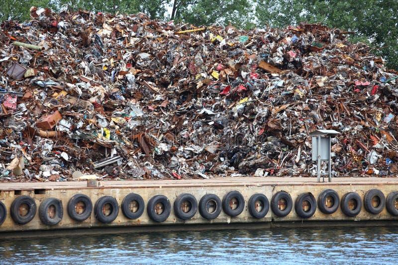 Schroot klaar voor recycling stock afbeeldingen