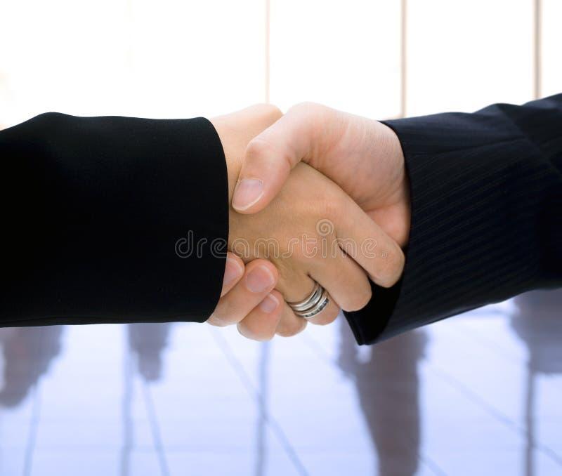 Schuddende handen royalty-vrije stock foto
