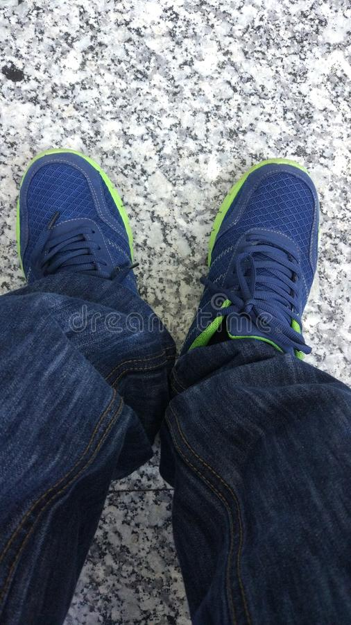 Schuhe und Hose lizenzfreies stockfoto